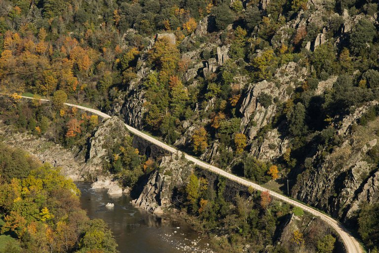 ©Simon Bugnon - Dolce Via - Ardèche - CHALENCON - Pont de Chervil - 2015 oct. - n°4.jpg