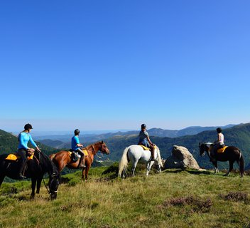 Horse-riding trail in the Monts d'Ardèche Nature Park